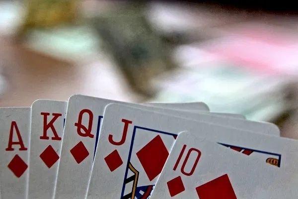 Cara Mudah Menikmati Judi Poker Online