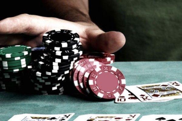 Hindari Kesalahan Di Judi Poker Online