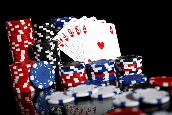 Ketahui Informasi Ini Di Judi Poker Online - Hope Walking Across America